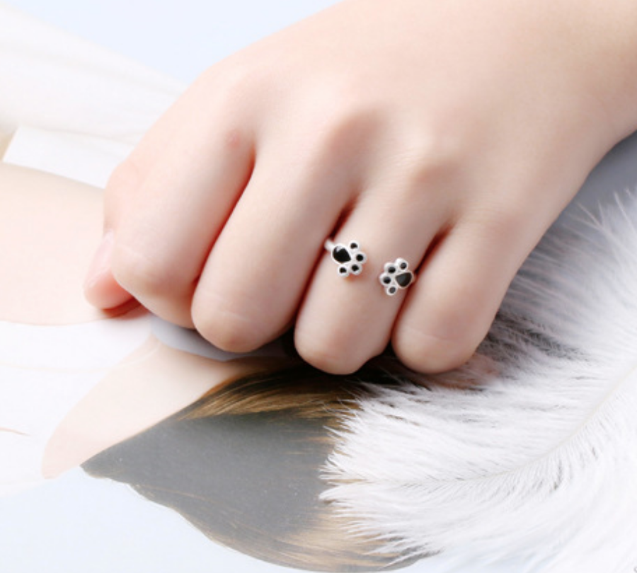 Black Paws Ring