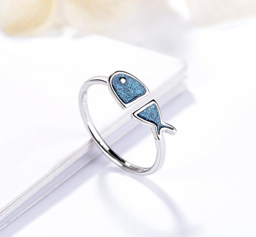 Blue Glitter Fish Ring