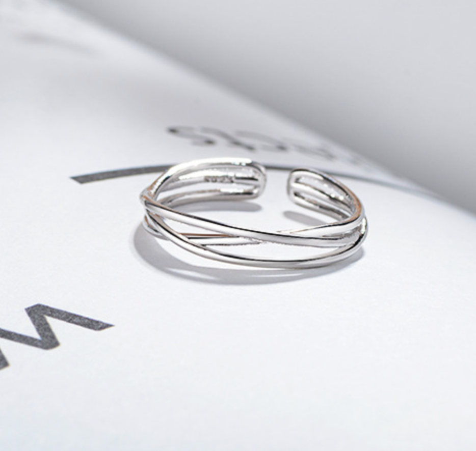 Bands Twisted Ring