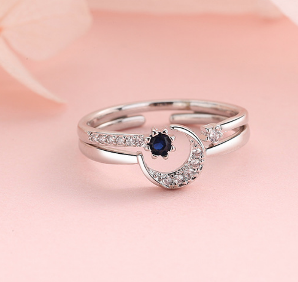 Moon Crescent Ring