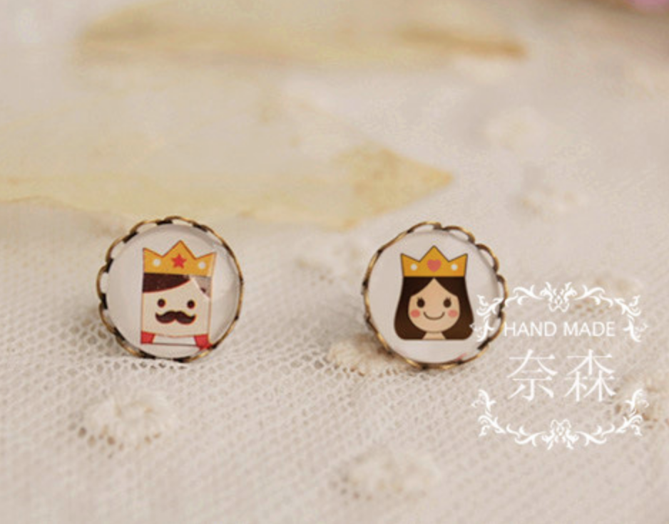 King and Queen Earring
