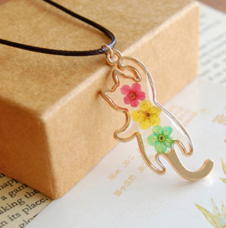 Cat Pressed Red/Yellow/Green Flower Necklace