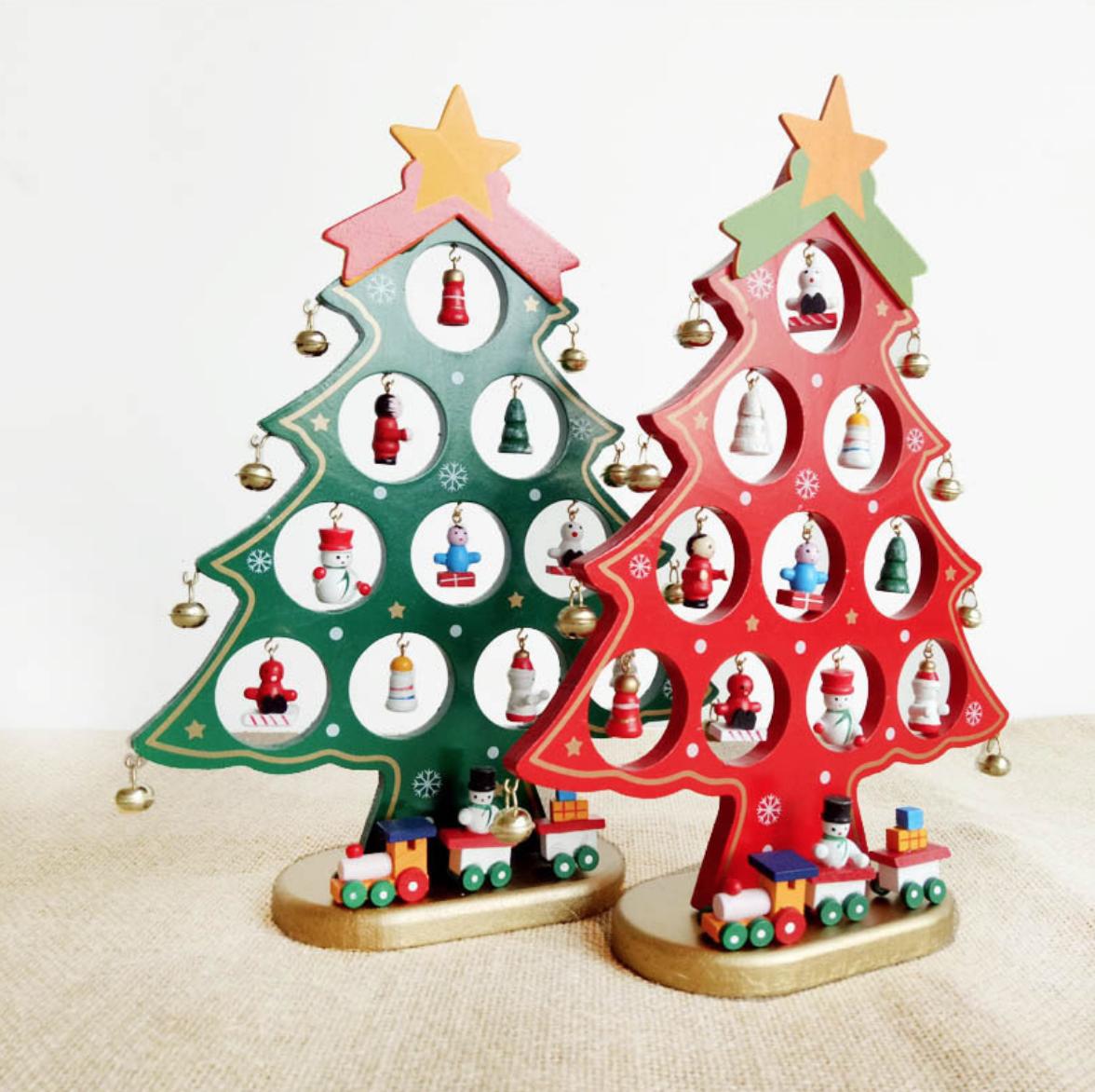 Circle Ornament Christmas Tree