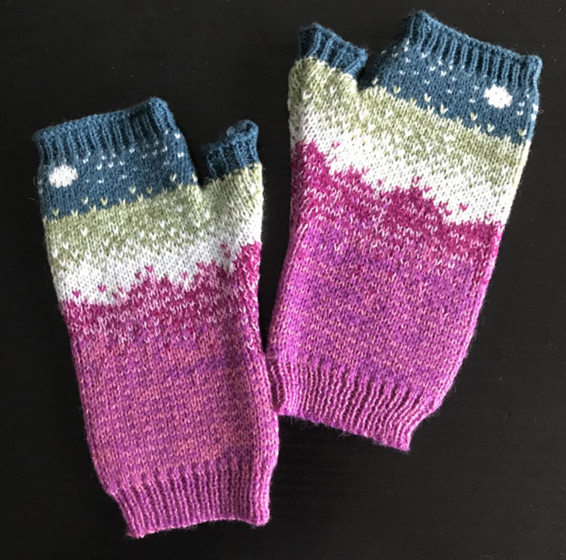 Knit Gradient Handwarmer