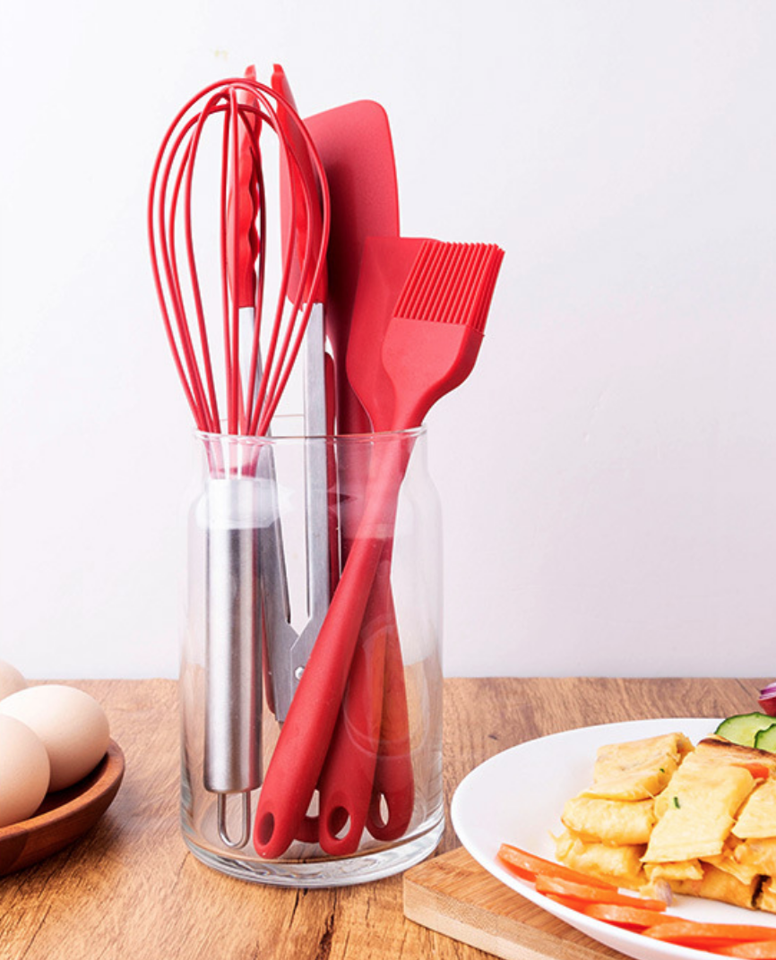 Red Silicone Kitchen Dish Set