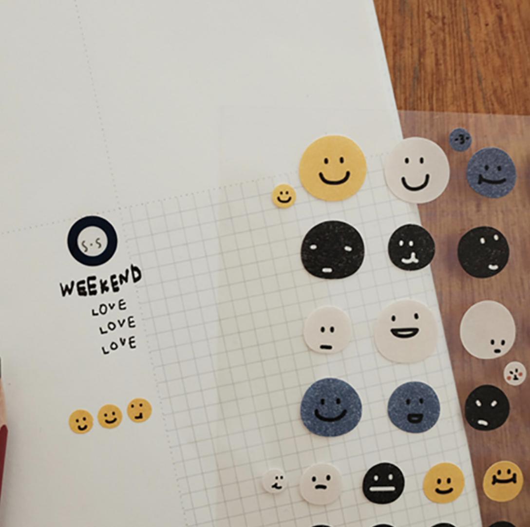 Suatelier Smile Face Sticker