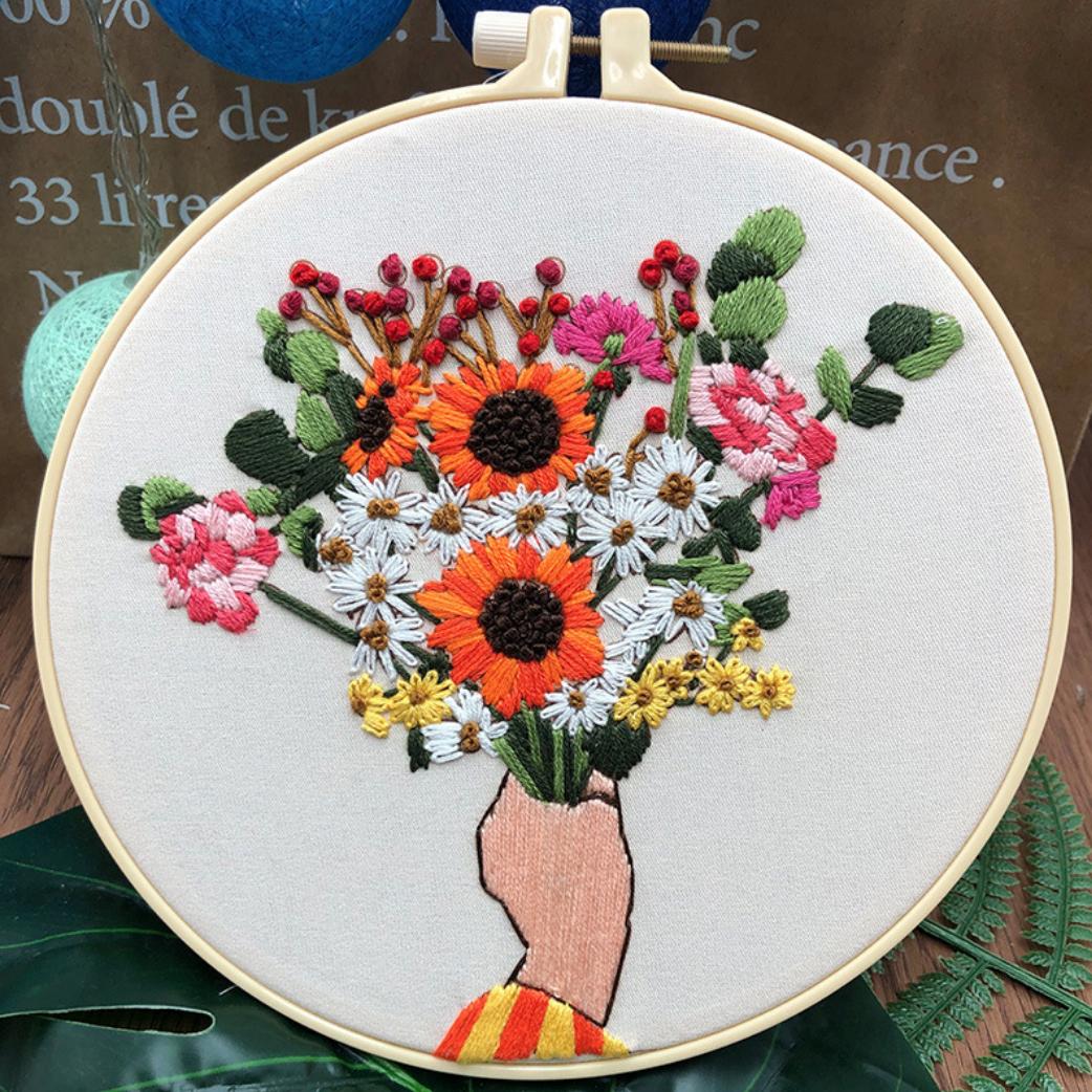 Su Zi Orange and White Flower Bouquet in Hand 20cm Embroidery