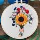 Su Zi Sunflower Bouquet in Hand 20 cm Embroidery