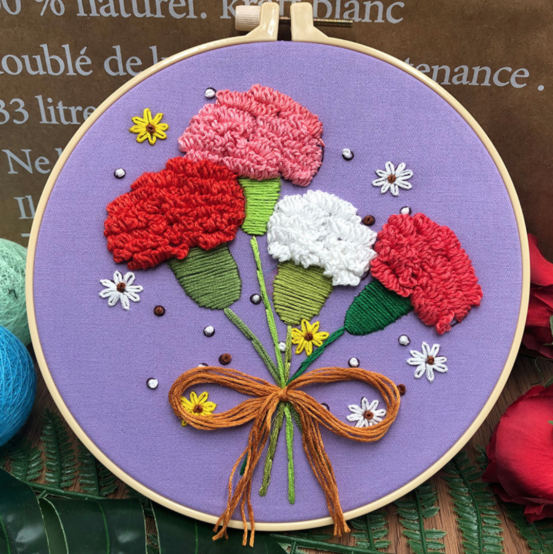 Su Zi Red Carnations on Purple 20cm Embroidery
