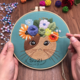 Su Zi Brown Cat with Wreath on Blue 20cm Embroidery