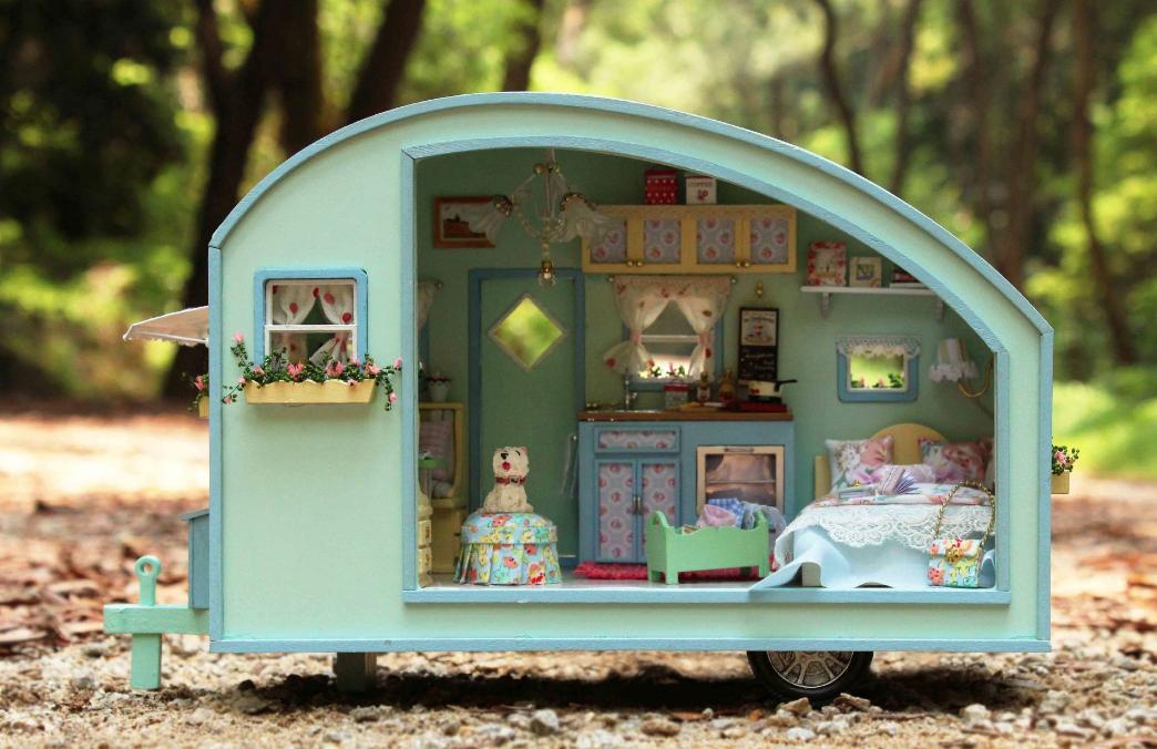 AinoKang Cute Room Green Camper DIY