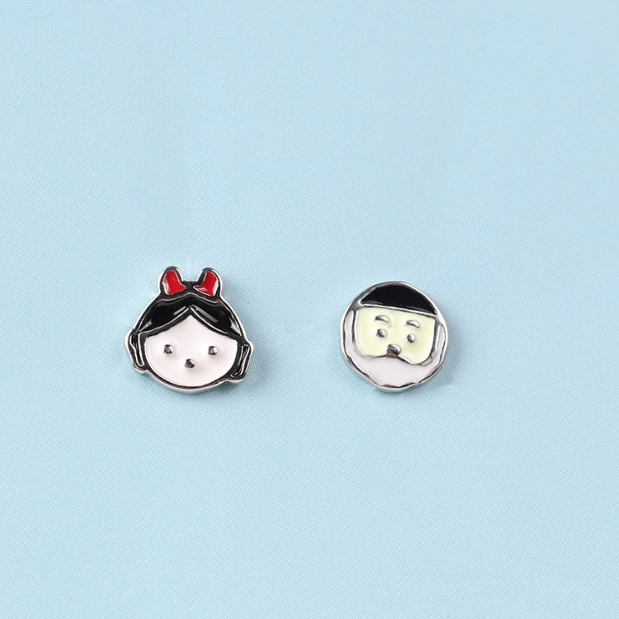Dao Can Snow White Earring