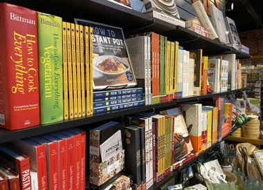 Cookbooks/Cards/Decor