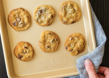 Cookie Sheets & Cooling Racks