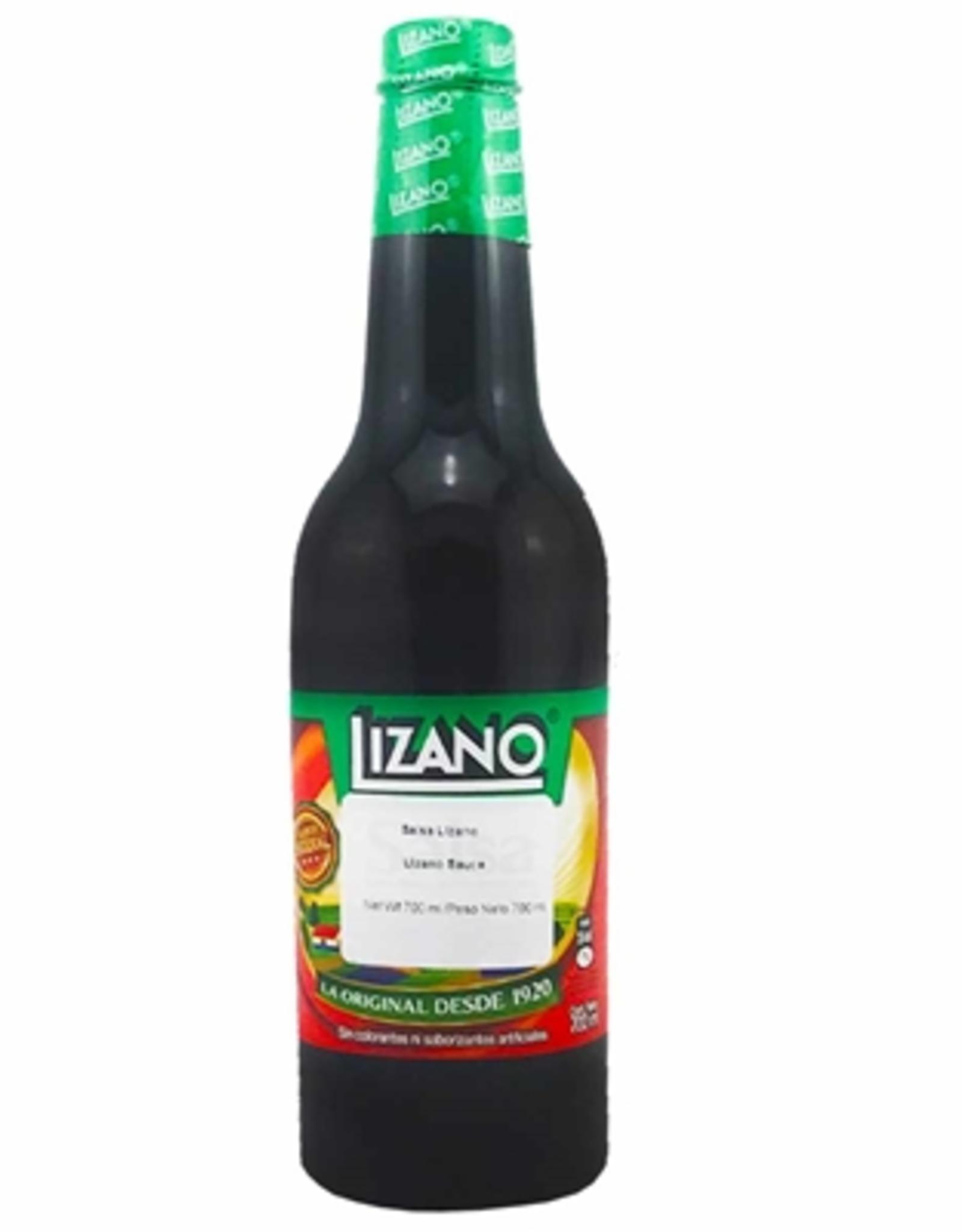 Hot Shots Distributing Salsa Lizano, Costa Rica