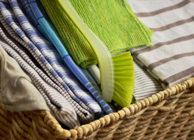 Towels, Hot Mitts and Potholders