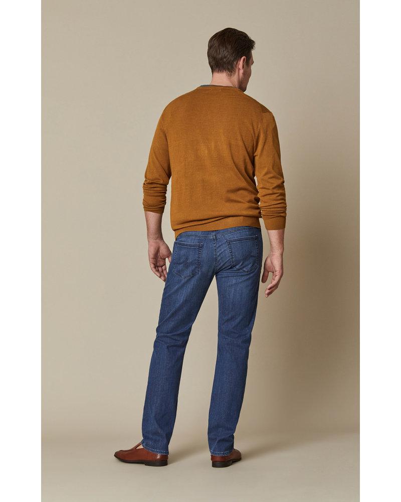 34 HERITAGE Modern Fit Mid Kona Jean