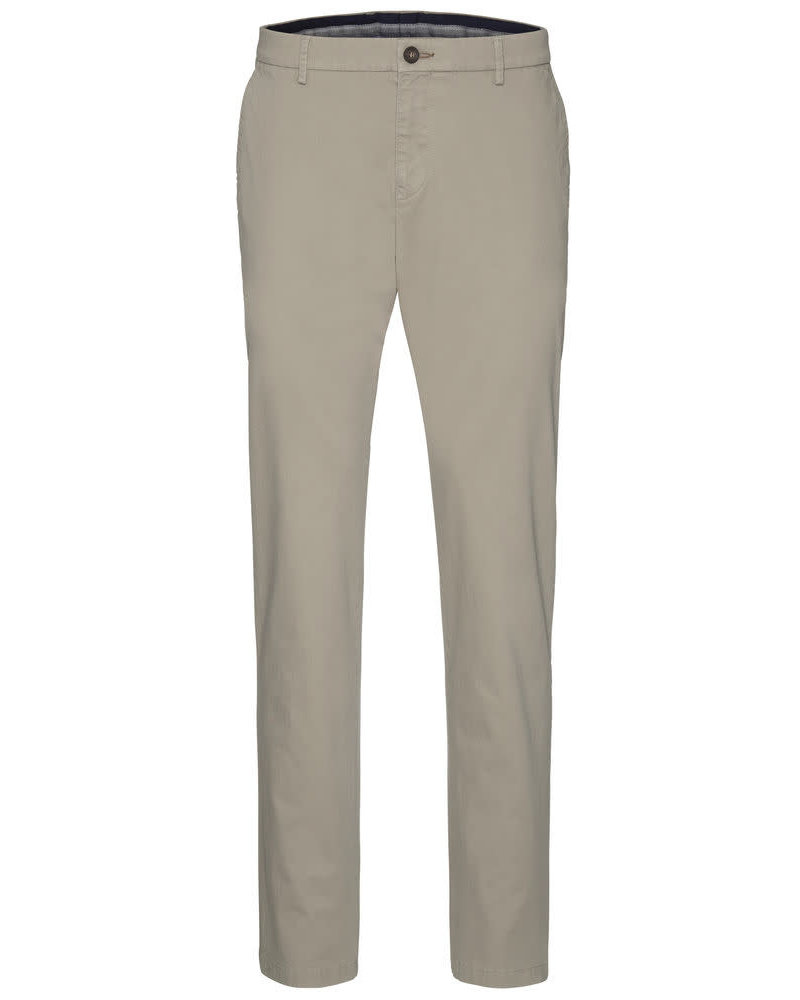 BUGATTI Modern Fit Solid Look Smart Casual Pant