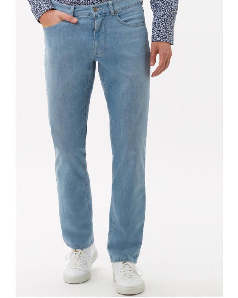 BRAX Modern Fit Light Denim Masterpiece Jean