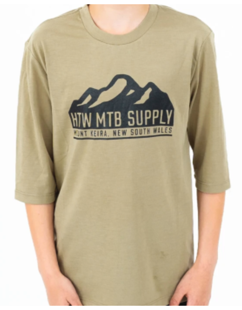 Huck The World Huck The World Youth Mountains 3/4 Tech Tee Olive