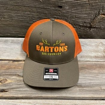 RICHARDSON LOW PRO TRUCKER CAP ORANGE M/L