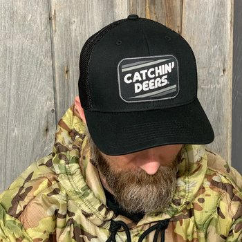 CATCHIN' DEERS RETRO PATCH BLACK