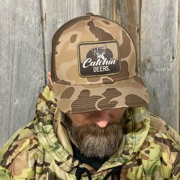 CATCHIN' DEERS WALLHANGER OLD SCHOOL CAMO
