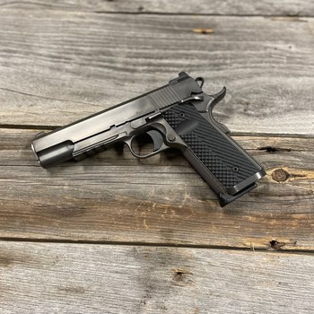 """DAN WESSON 1911 SPECIALIST 45 ACP 5"""" DISTRESSTED"""