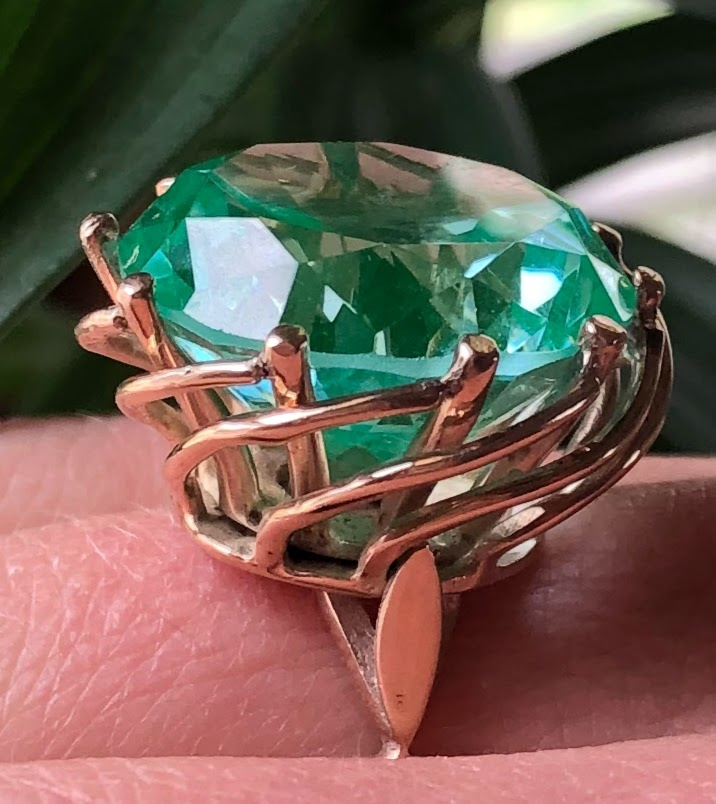 Spinel green LG Syn Cocktail Ring
