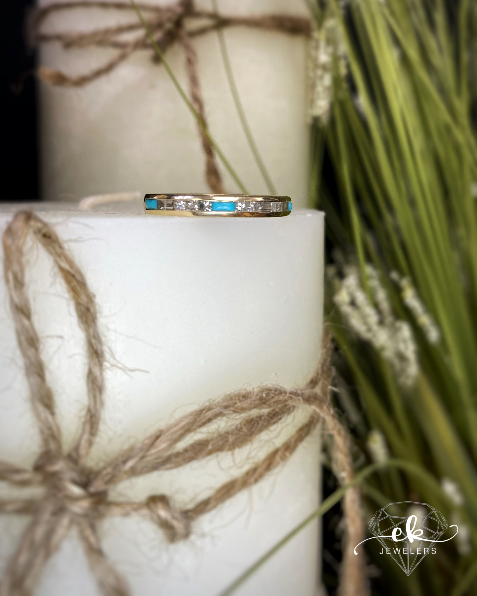 Yellow Gold Diamond and Turquoise Ring