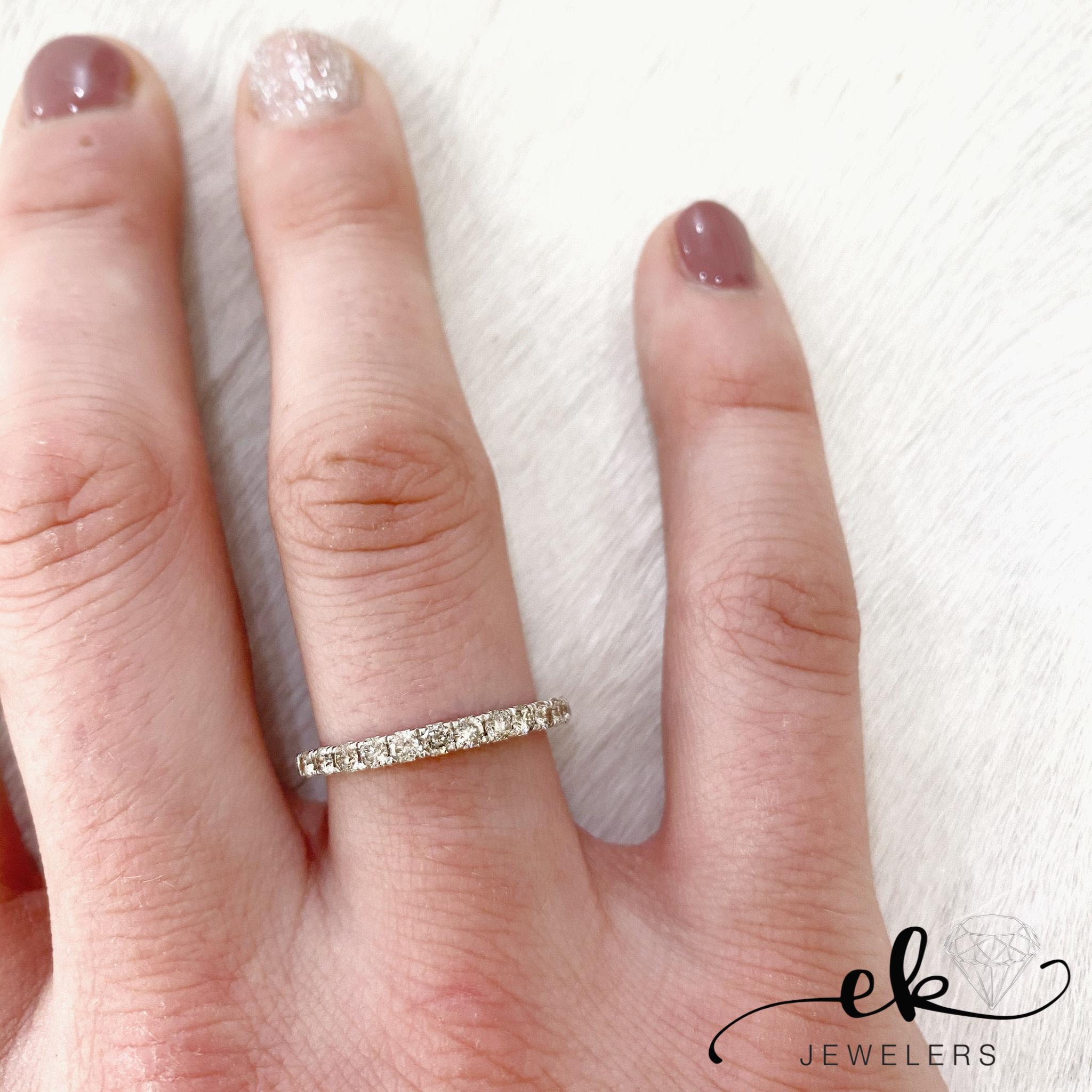 10k Gold Diamond Band Ring