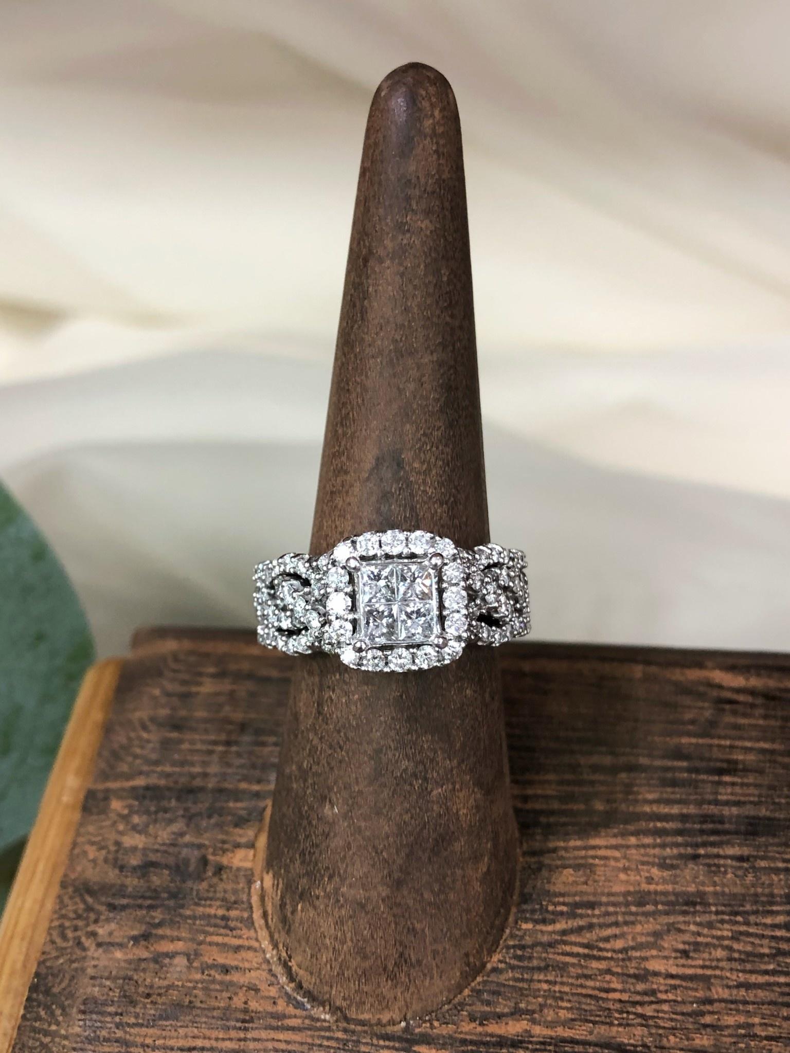14K White Gold Quad Center Diamond Ring