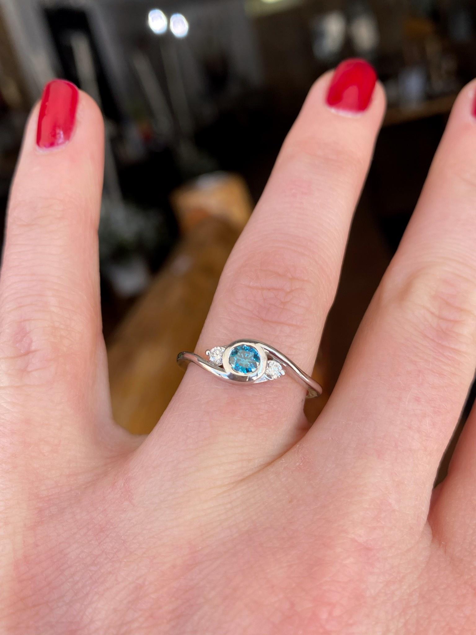 .25ct Bl Dia Bezel Three Stone Ring