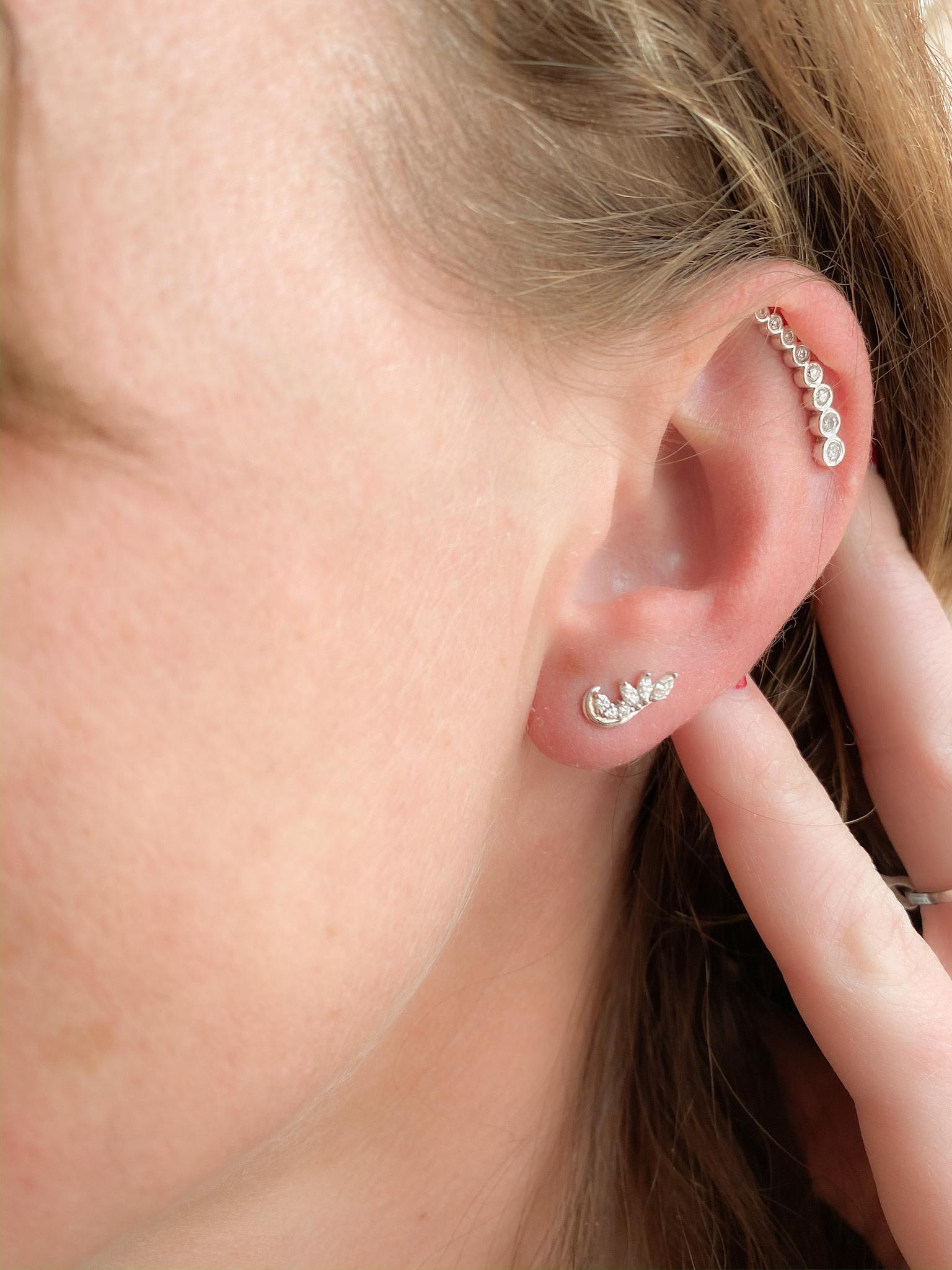 0.25ctw Swirl Ear Climbers