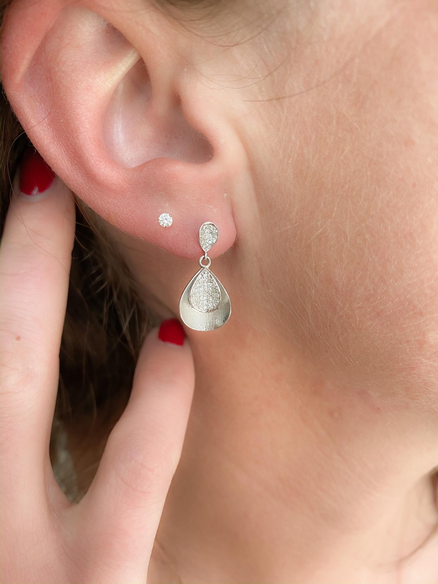 0.20tw Diamond Drop Earrings