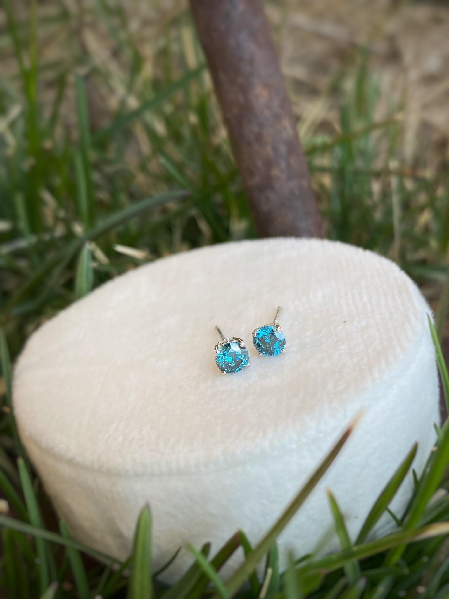 0.30ctw Blue Diamond Stud Earrings