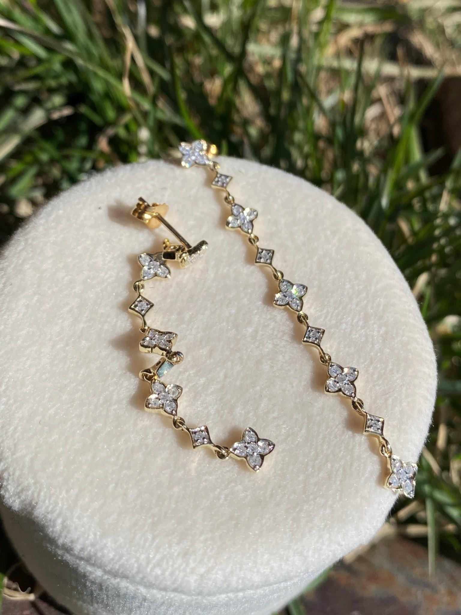 10ky .40tw Diamond Dangle Earrings