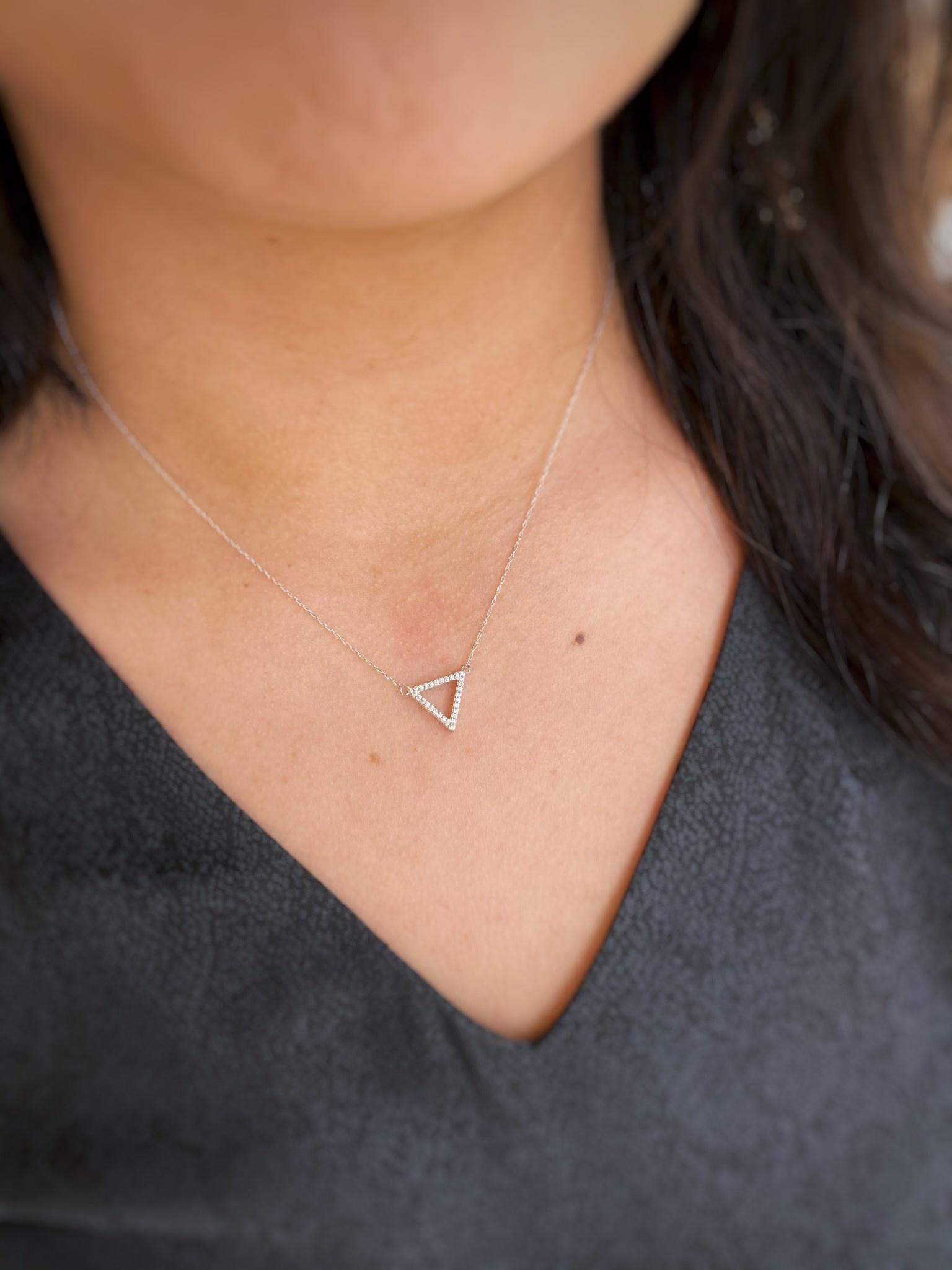 .12tdw Triangle Diamond Necklace