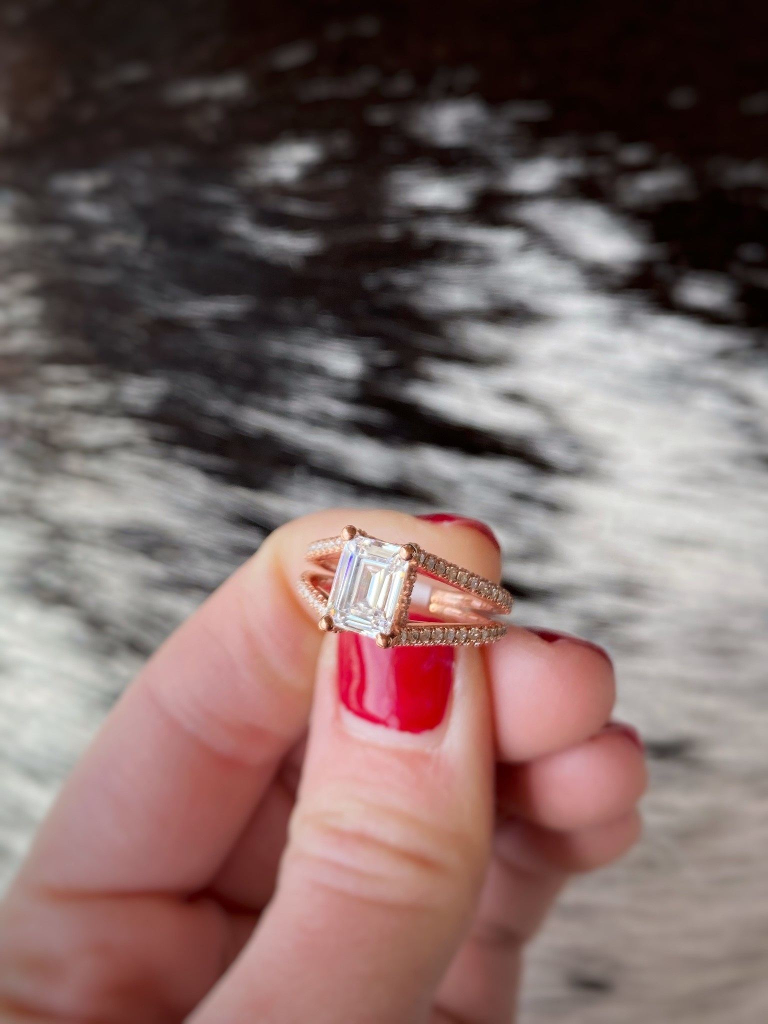 Split Shank Emerald Cut 1.0tw Semi-Mount