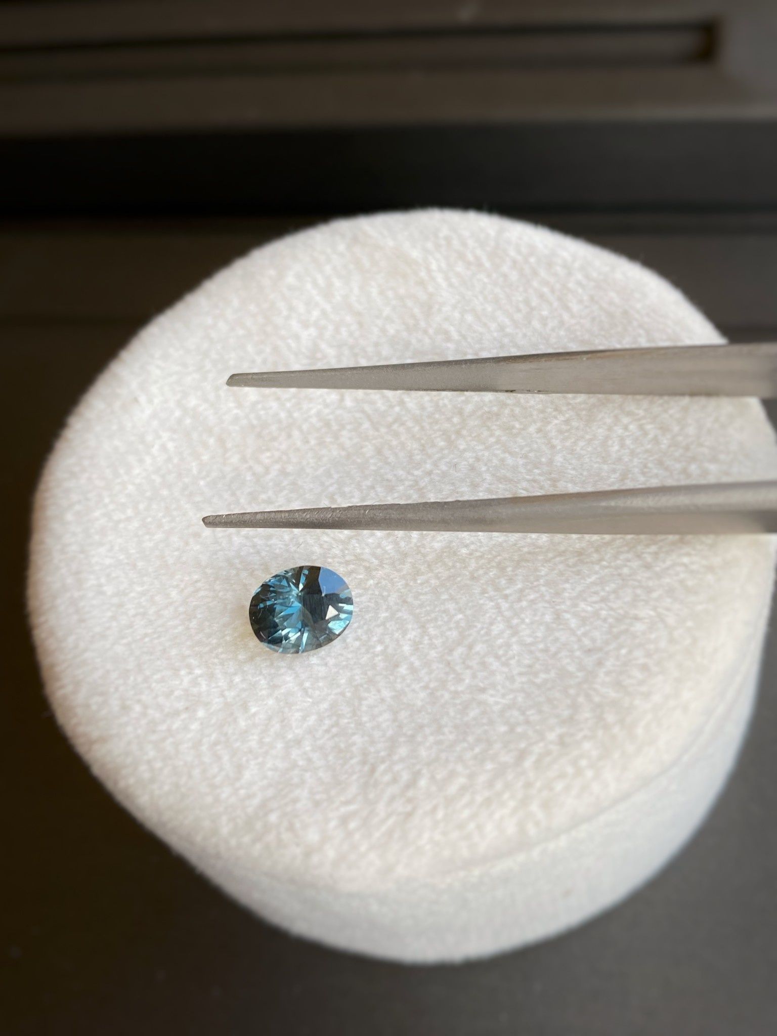 Loose 1.10ct Oval Teal Spinel