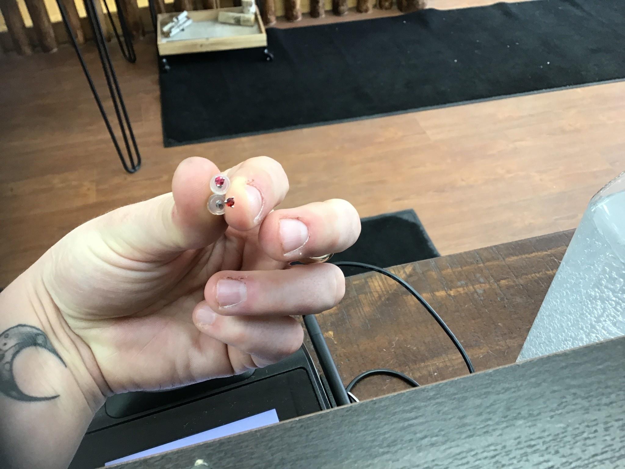 14kw Ruby stud earrings