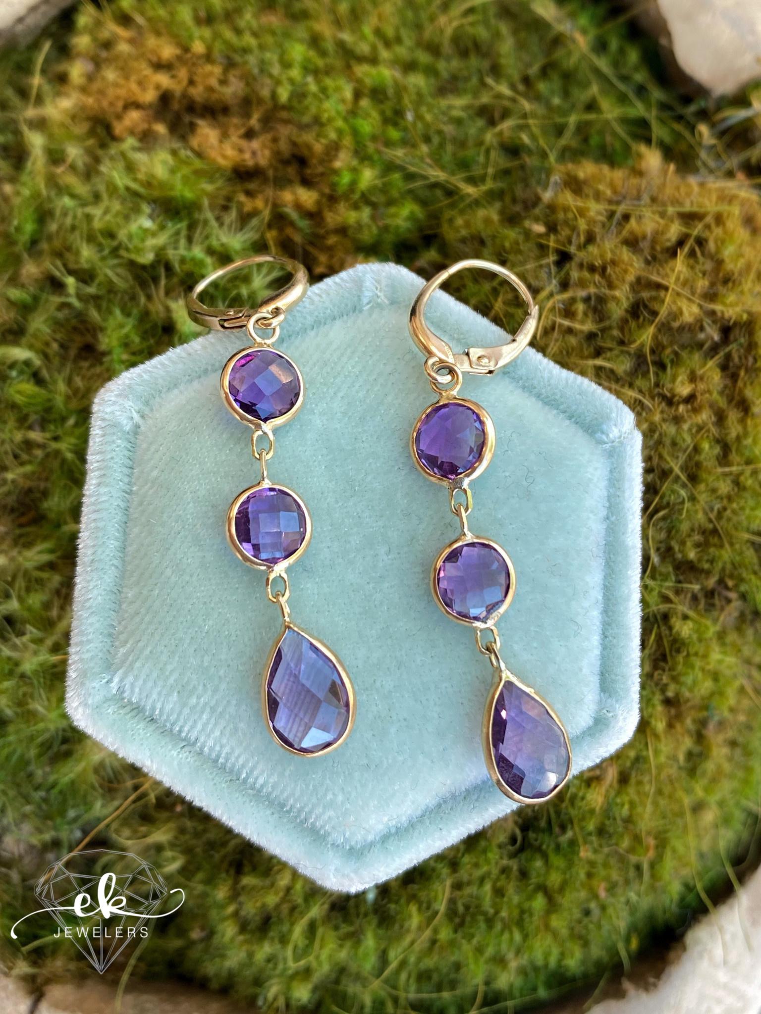 14kK Yellow Gold Amethyst Dangle Earrings