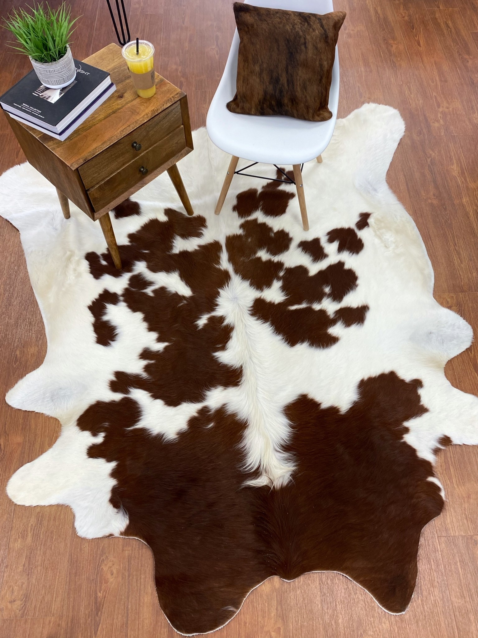 Palomino Brown and White Cowhide Rug Throw