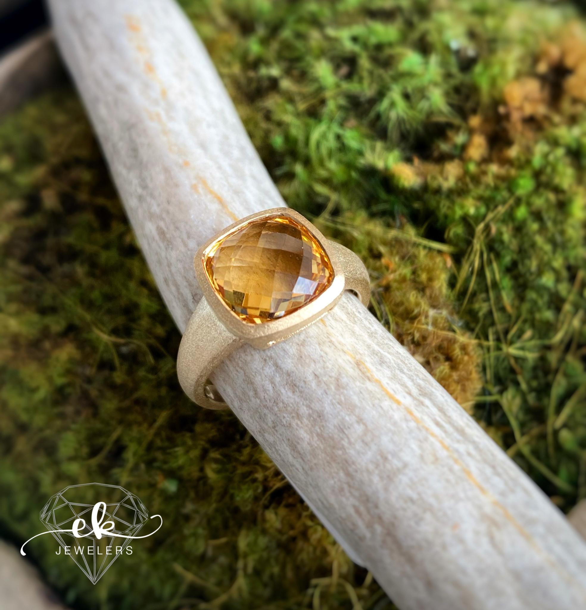 14K Yellow Gold Checkered Citrine Ring