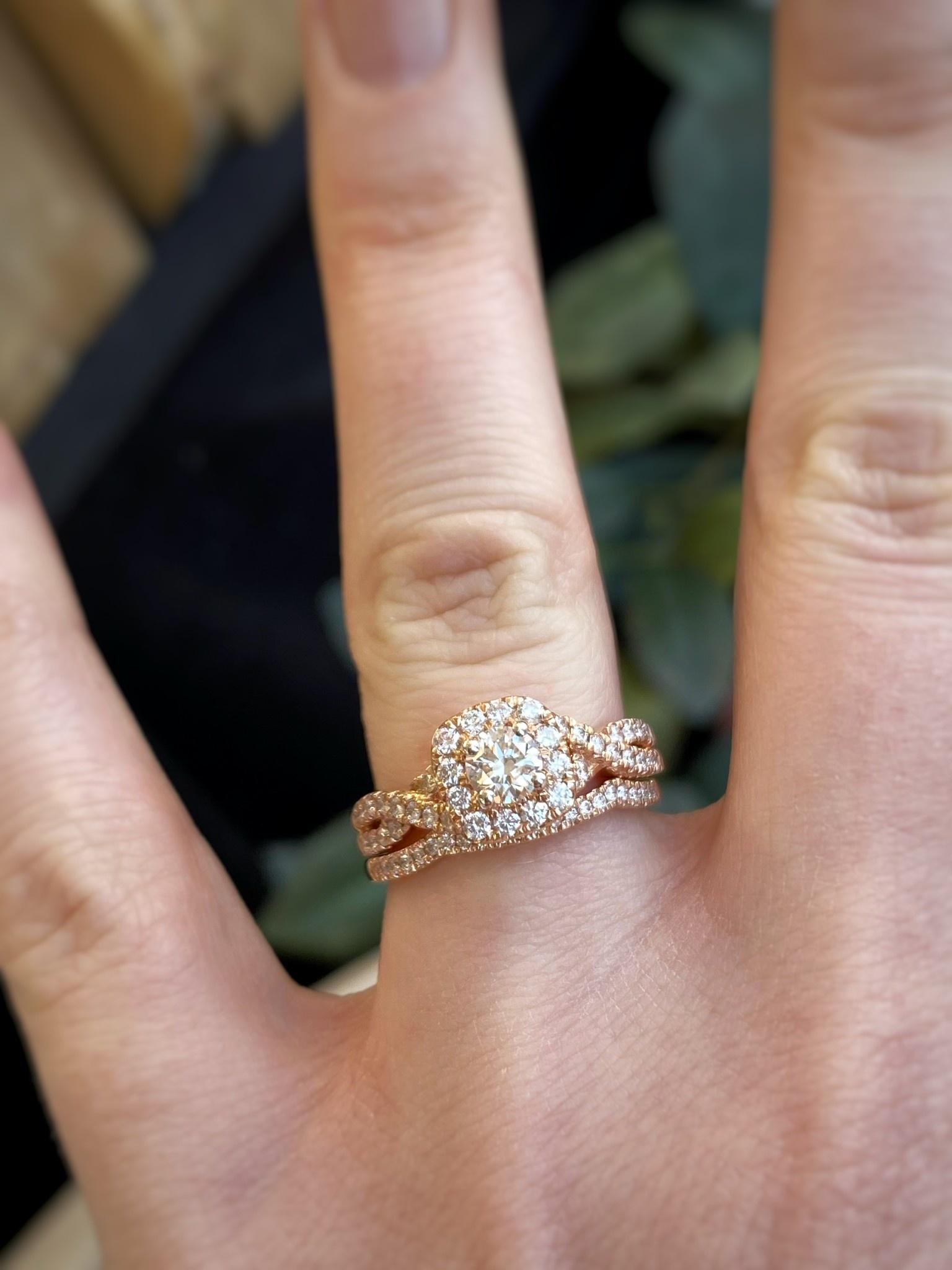 14K Rose Gold Diamond Ring Wedding Set