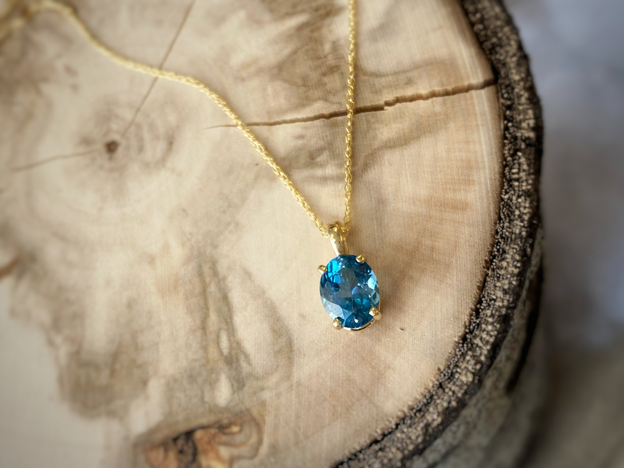 14K Yellow Gold Blue Topaz Necklace