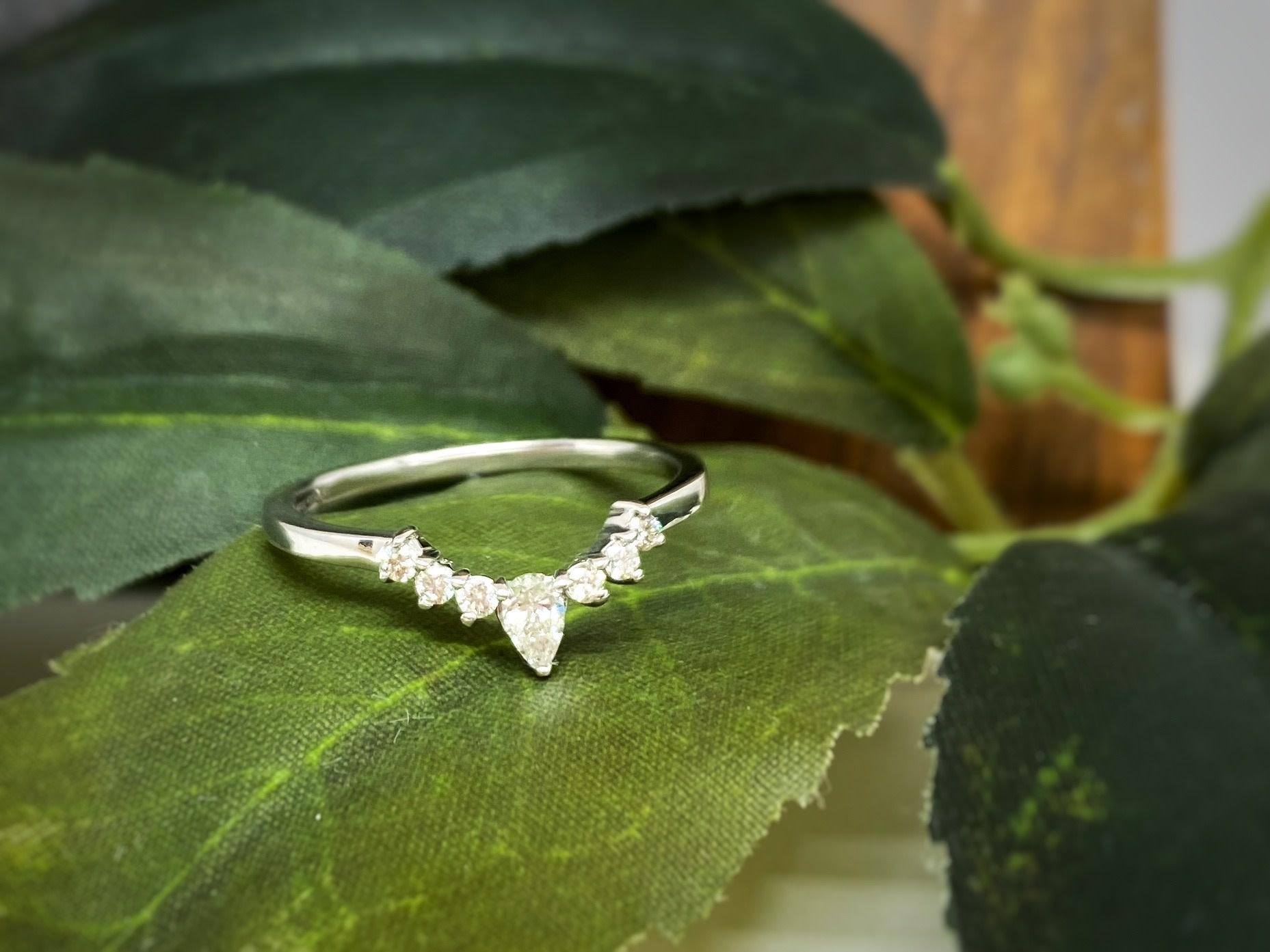 14K White Gold Pear Diamond Contour Wedding Band Ring