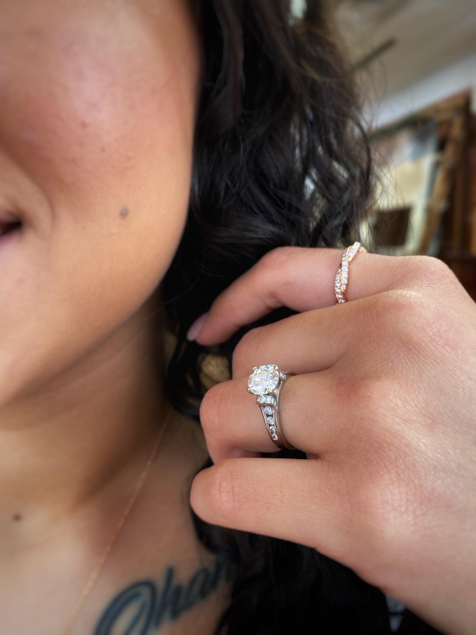 14K White Gold 1.53ct Round Diamond Melee Ring