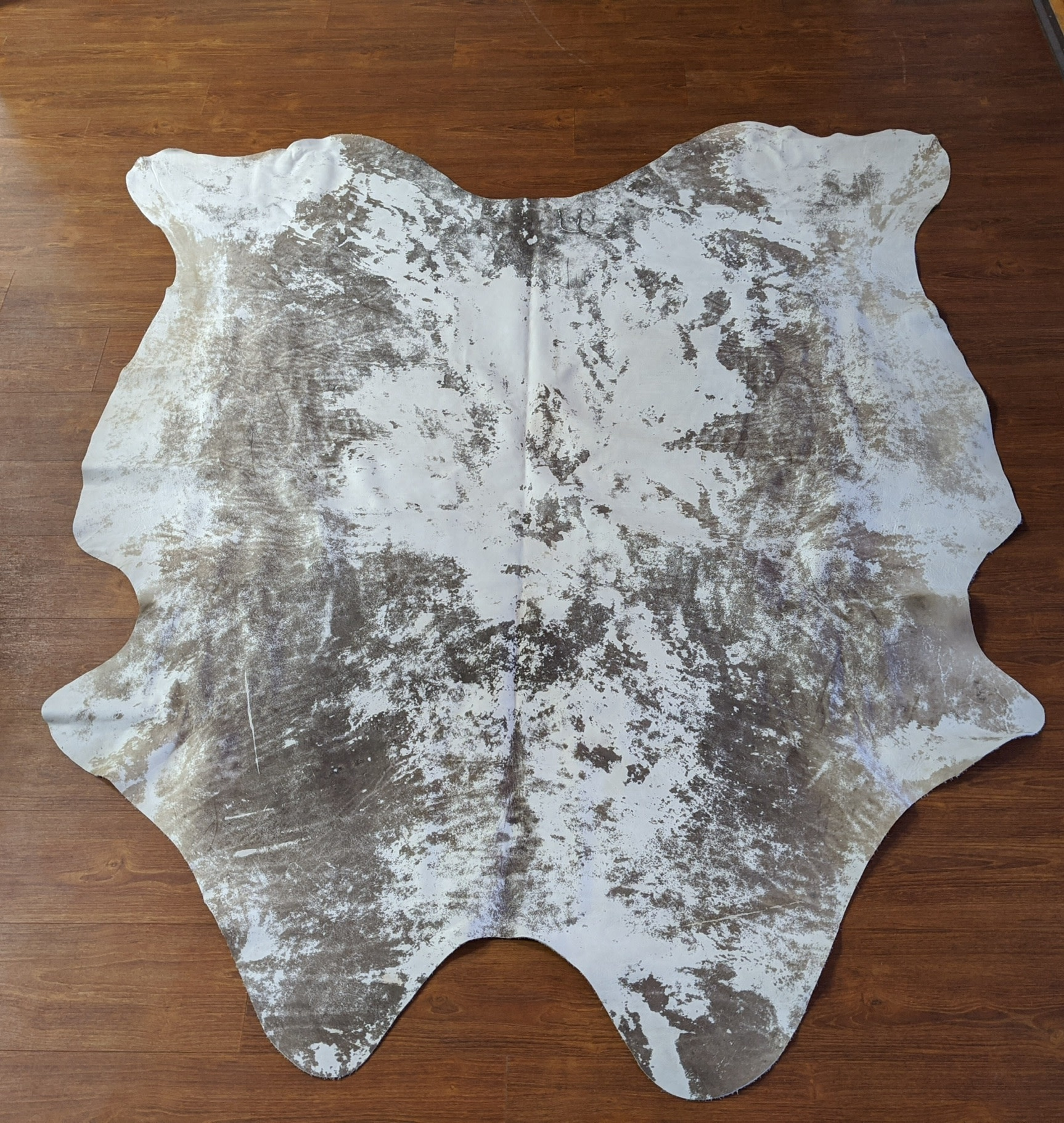 Large Hairless Distressed Cowhide