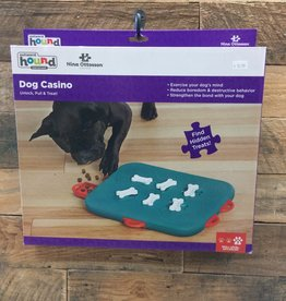 Outward hound Dog smart Casino Treat Puzzzle Tq
